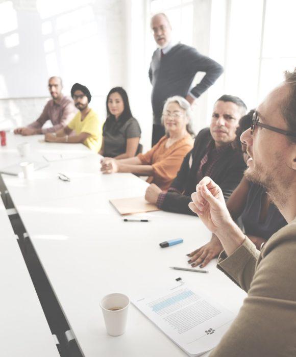 Toplantı Masası Çalışanlar